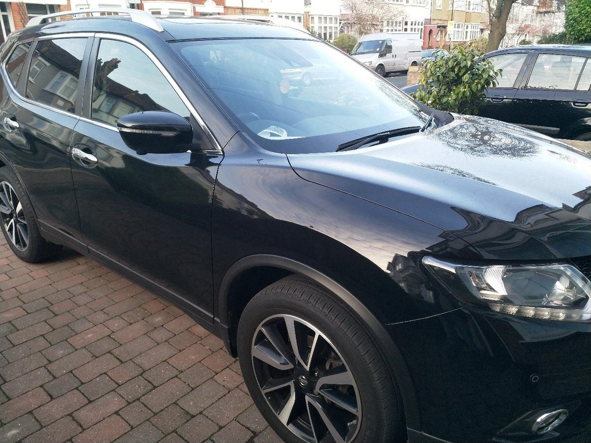 Perfect family car with all features included. Pan Roof, 360 camera, auto tail gate, privacy glasses, very economical to run, keyless entry. New battery bought in Oct 2018. All Nissan service with 2 keys.Pet free and smoke free. One previous owner. MOT due 06/2020