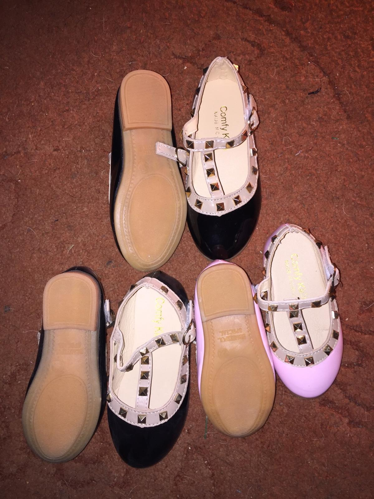 Brand new girls shoes sizes pink 22 and black 26,27 £2.50 each pair collection Bromley common