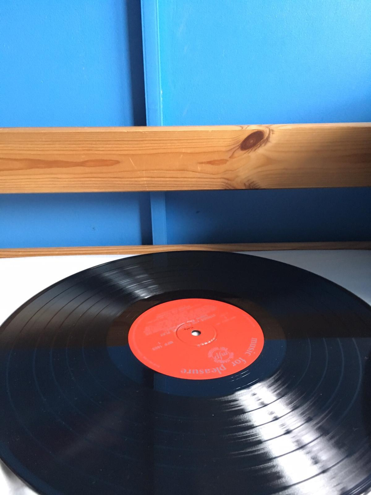 Great condition doesn't look like it's even been played.  Really Rare!!!  Any questions don't hesitate to ask.