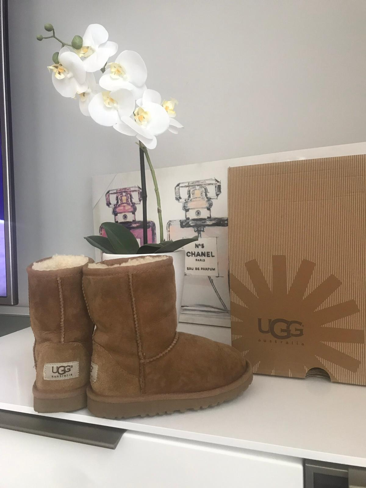 9481596236 Top originale Ugg Boots Uggs Classic Gr.28 in 28844 Weyhe for €45.00 ...