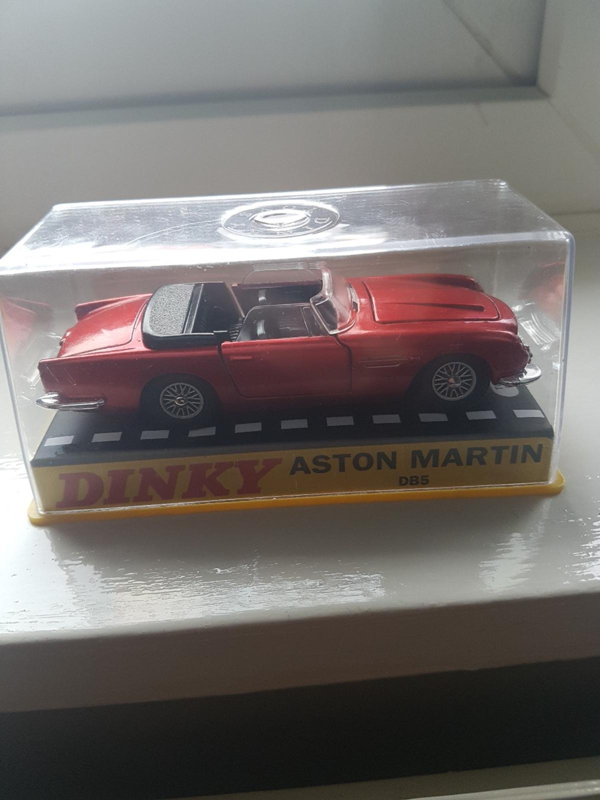 Dinky Aston Martin Db5 In Me19 Malling For 10 00 For Sale Shpock