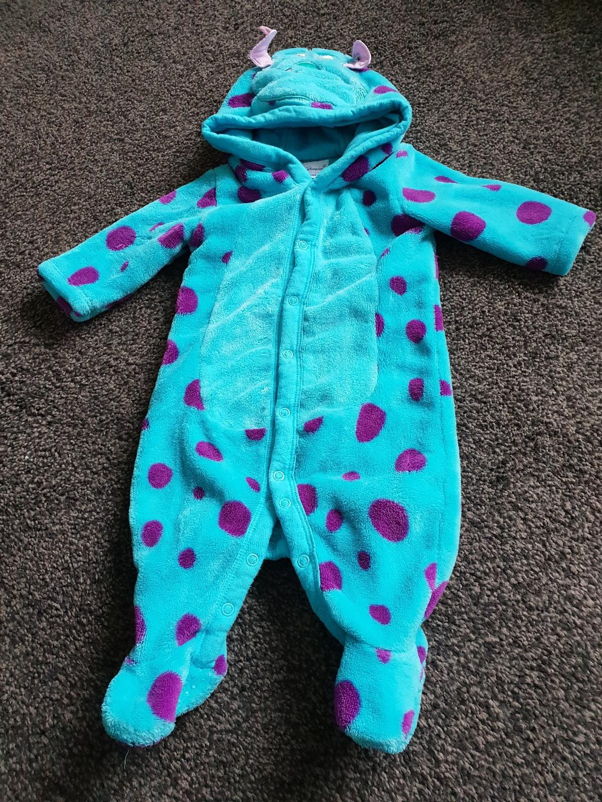 Monsters Inc Sully Fleece Onesie In Dy8 Dudley For 5 00 For Sale Shpock