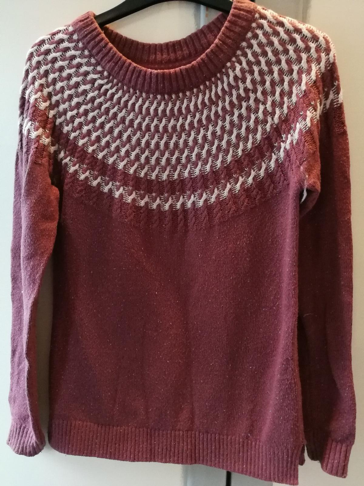 lovely warm Fat Face jumper, size 6. only worn once. available for collection or can post.