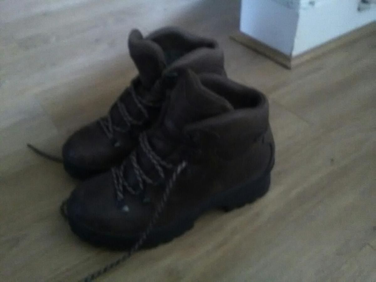 brown leather walking boots hardly worn. For collection only!
