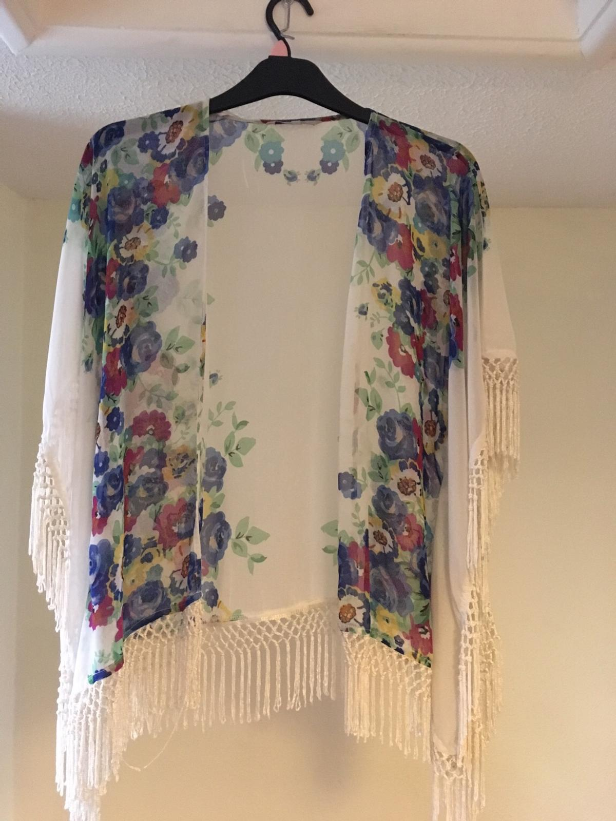 Lovely spring top Size S/M Yeovil