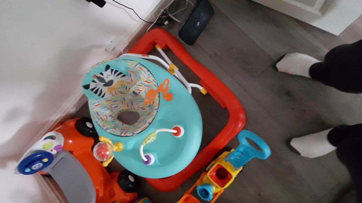 Baby's walker paid 40 new hardly used