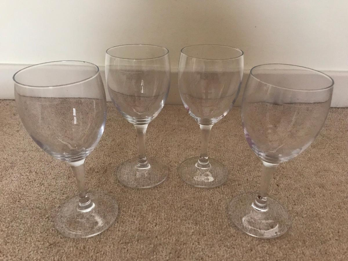 4 x wine glasses In good condition, only selling as I have far too many glasses :-) Any questions please ask.