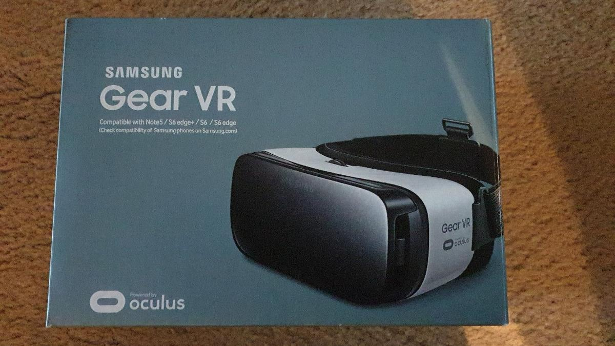 Samsung GearVR comparable with Note5 /S6 edge / S6 / color frost white new not used