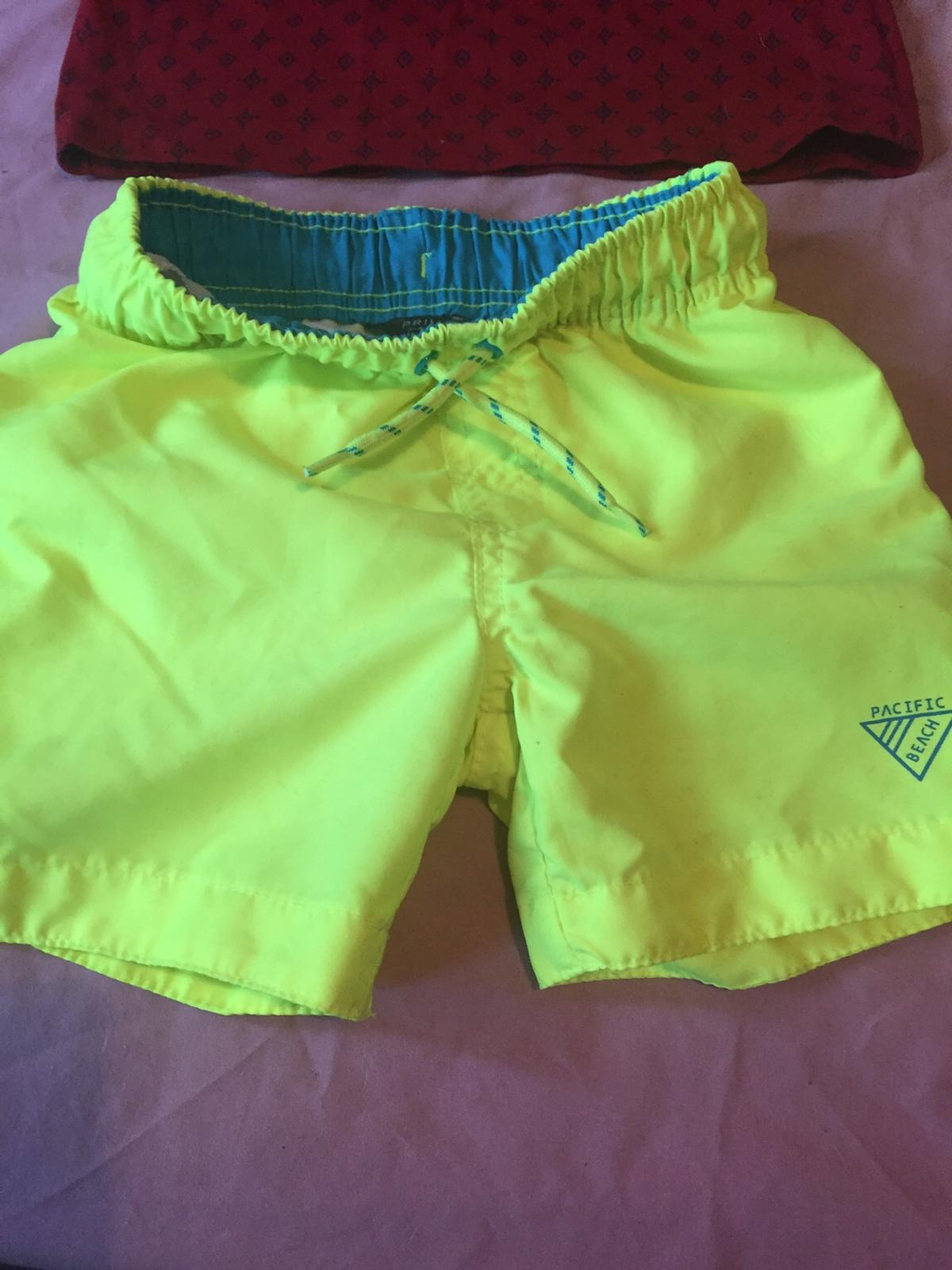Selling these boys shorts age 3/4 in used condition ldeal for the summer or play time collection only wd25