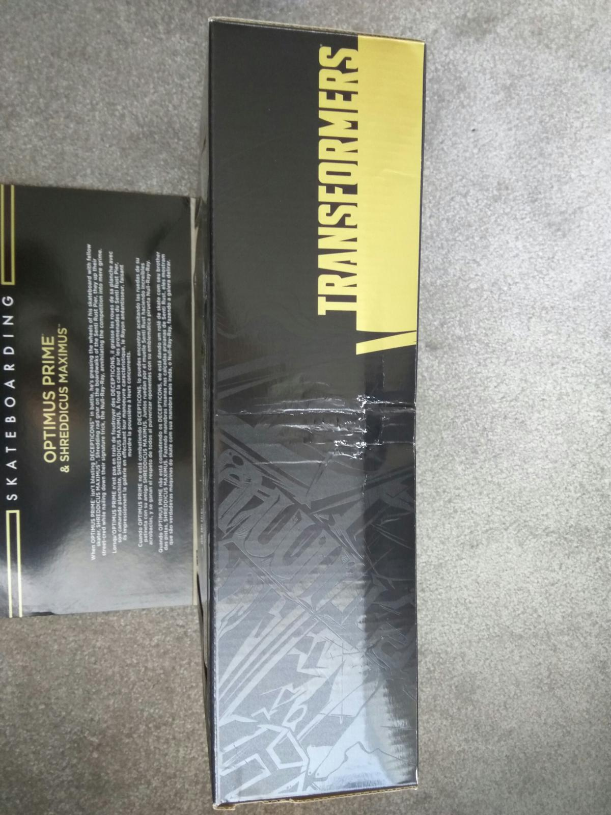 Figure is brand new in sealed box. However, the box is quite badly damaged as shown in the pictures. There is no damage to the figure, just the box.  From a smoke free home.  Can post for cost. Payment via PayPal Friends and Family