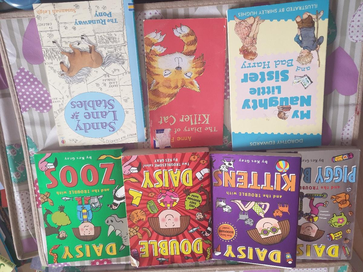 various books , £3 per picture collection only