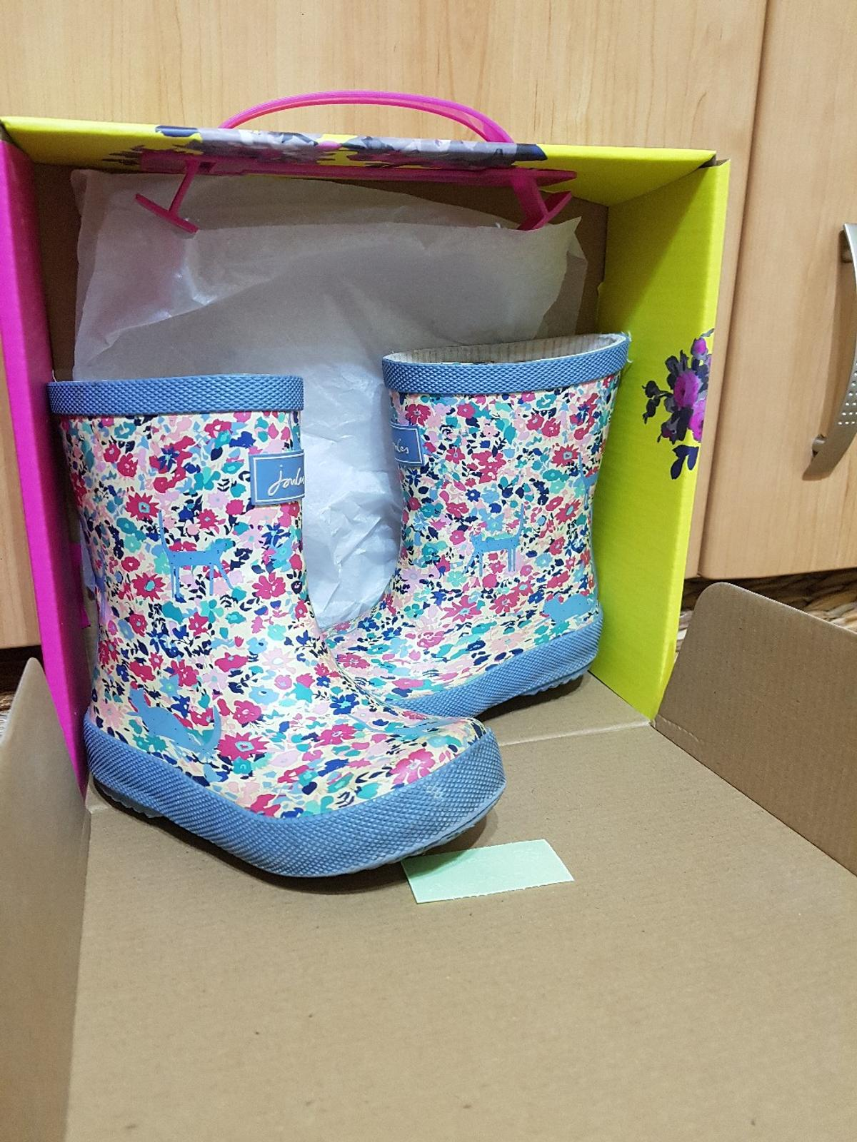 joules wellies.