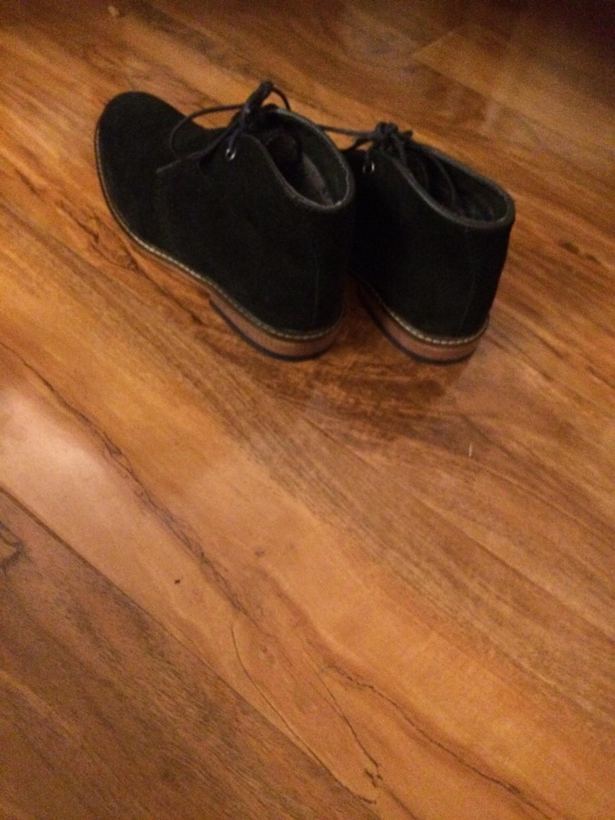 Amazing boys shoes very comfortable and good for special occasions.Size 2