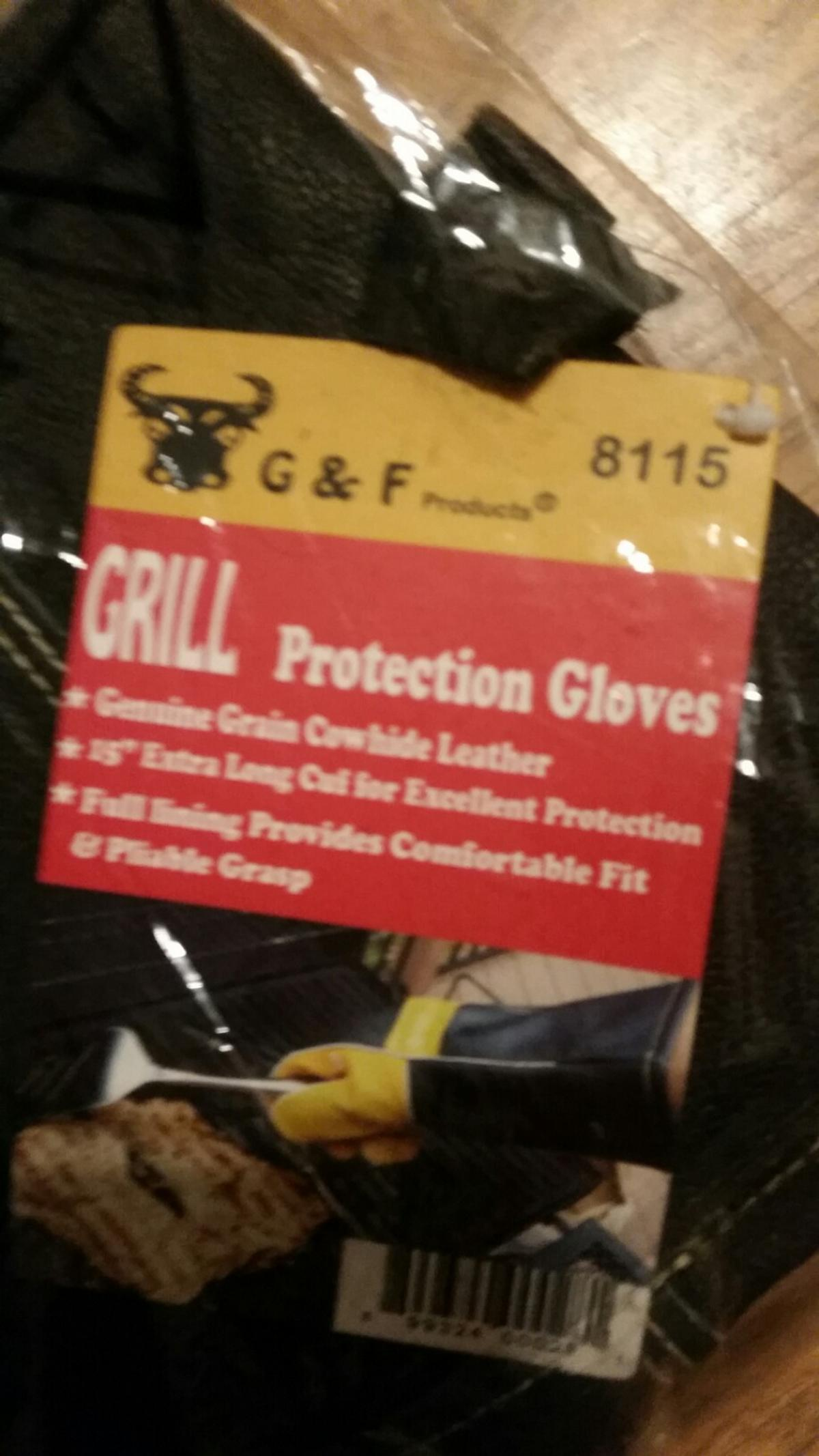 genuine grain cow hide leather ideal protection allfully lined can be picked up or buyer pays the postage.