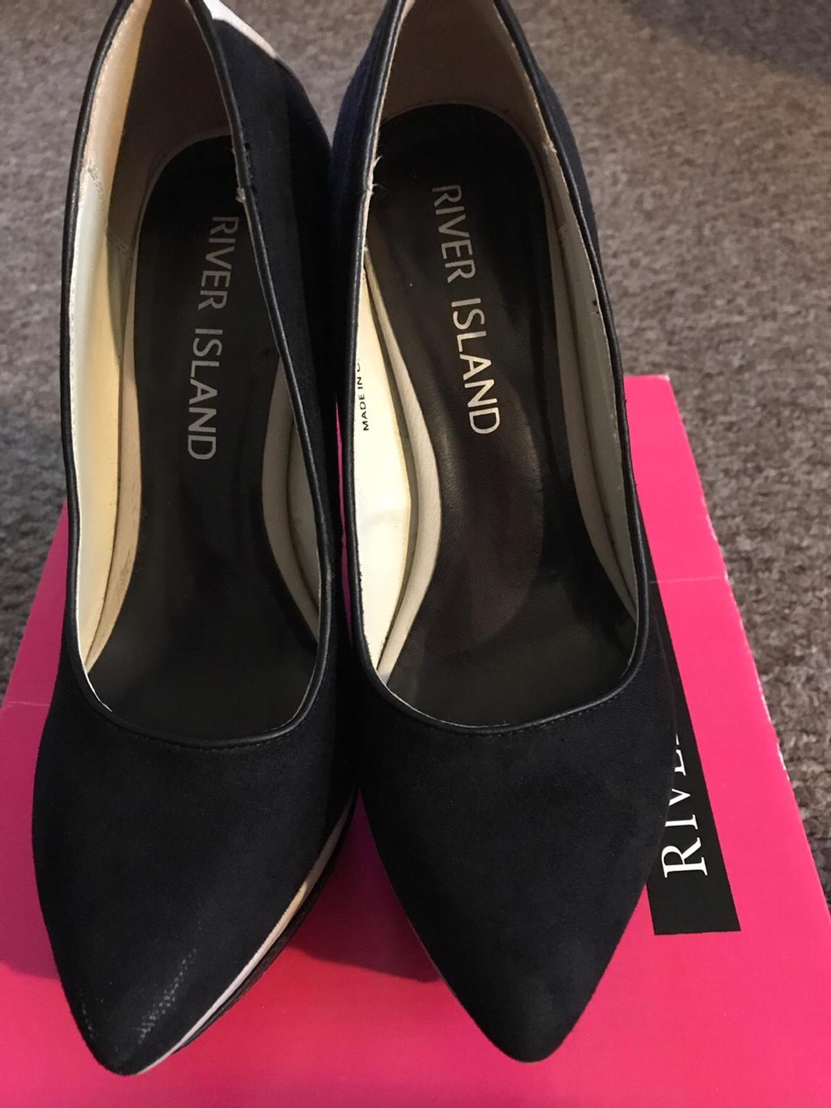 Here I have a pair of River Island size 4 shoes only worn couple of times and been kept in the box.