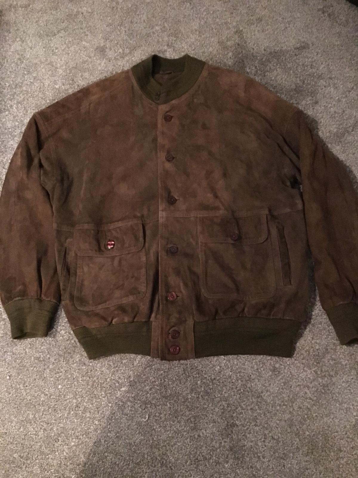Brilliant men's leather jacket in amazing condition viewing welcome