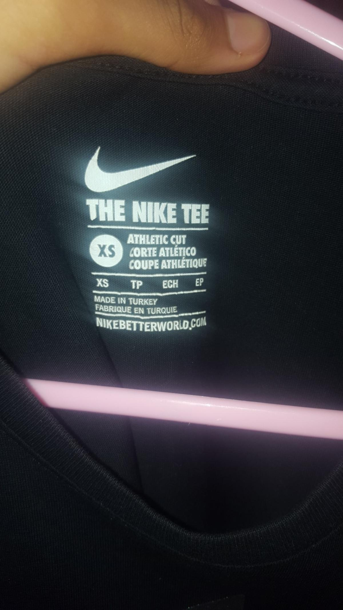 Size S worn once mint condition