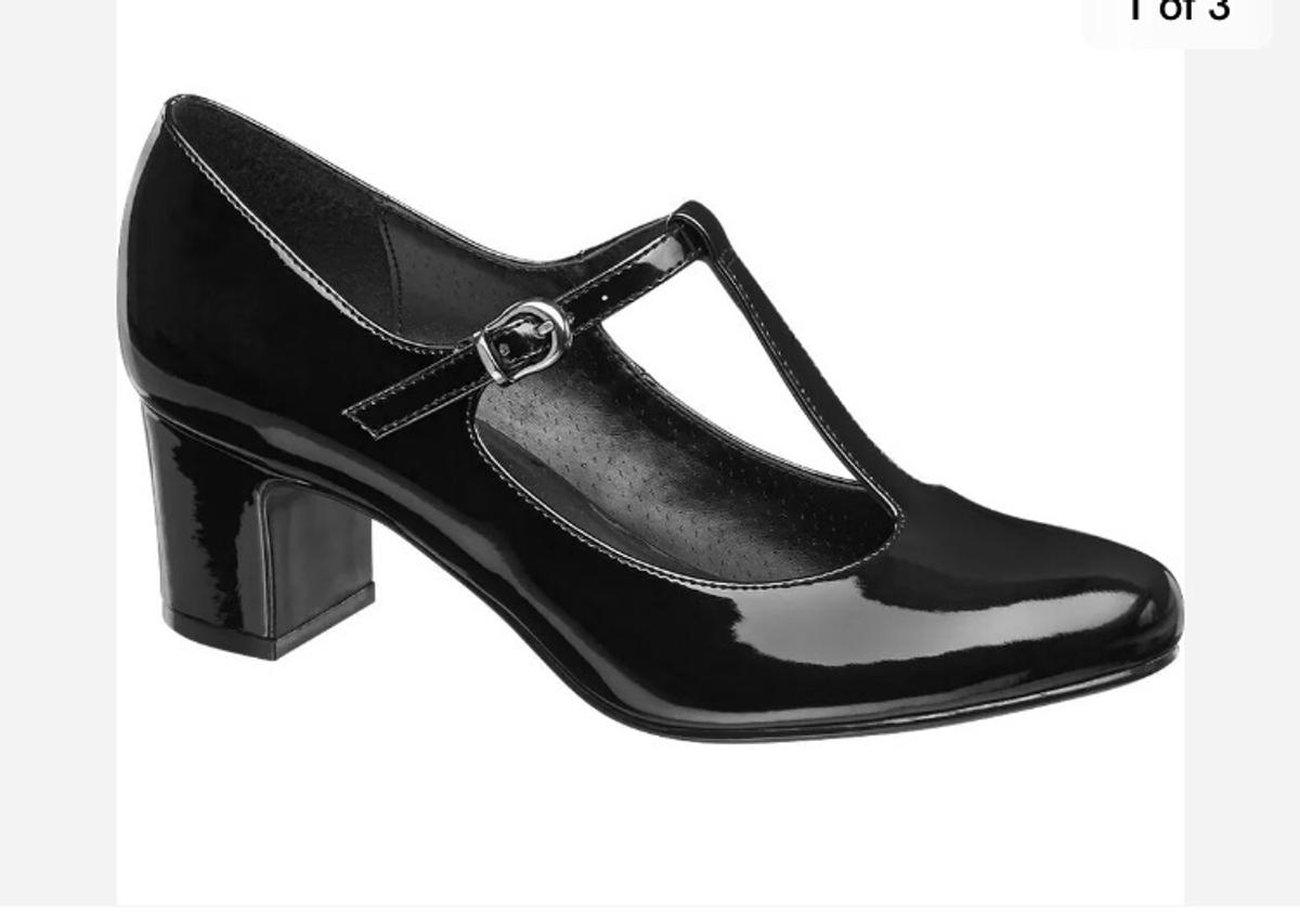 amazing selection latest design nice shoes Black Patent T-Bar Shoes (new in box) uk 6