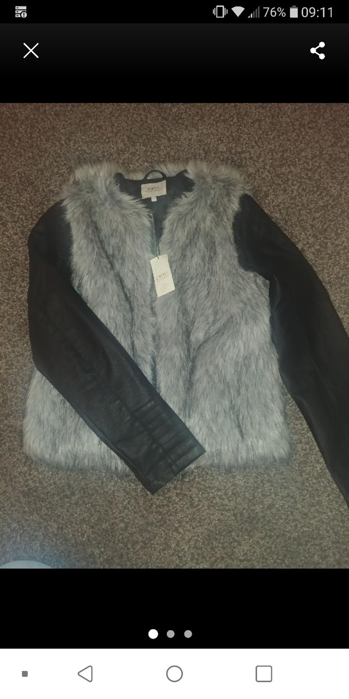 beautiful coat and pictures do no justice what so ever. lovely and soft. size 14 but would say more 12. BRAND NEW WITH TAGS. PAYPAL EXCEPTED AND POSTAGED CAN BE ARRANGED