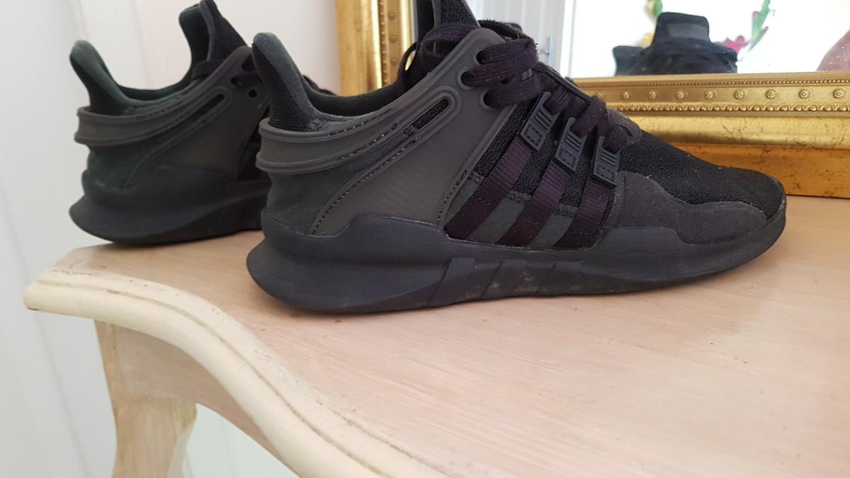good condition size 4