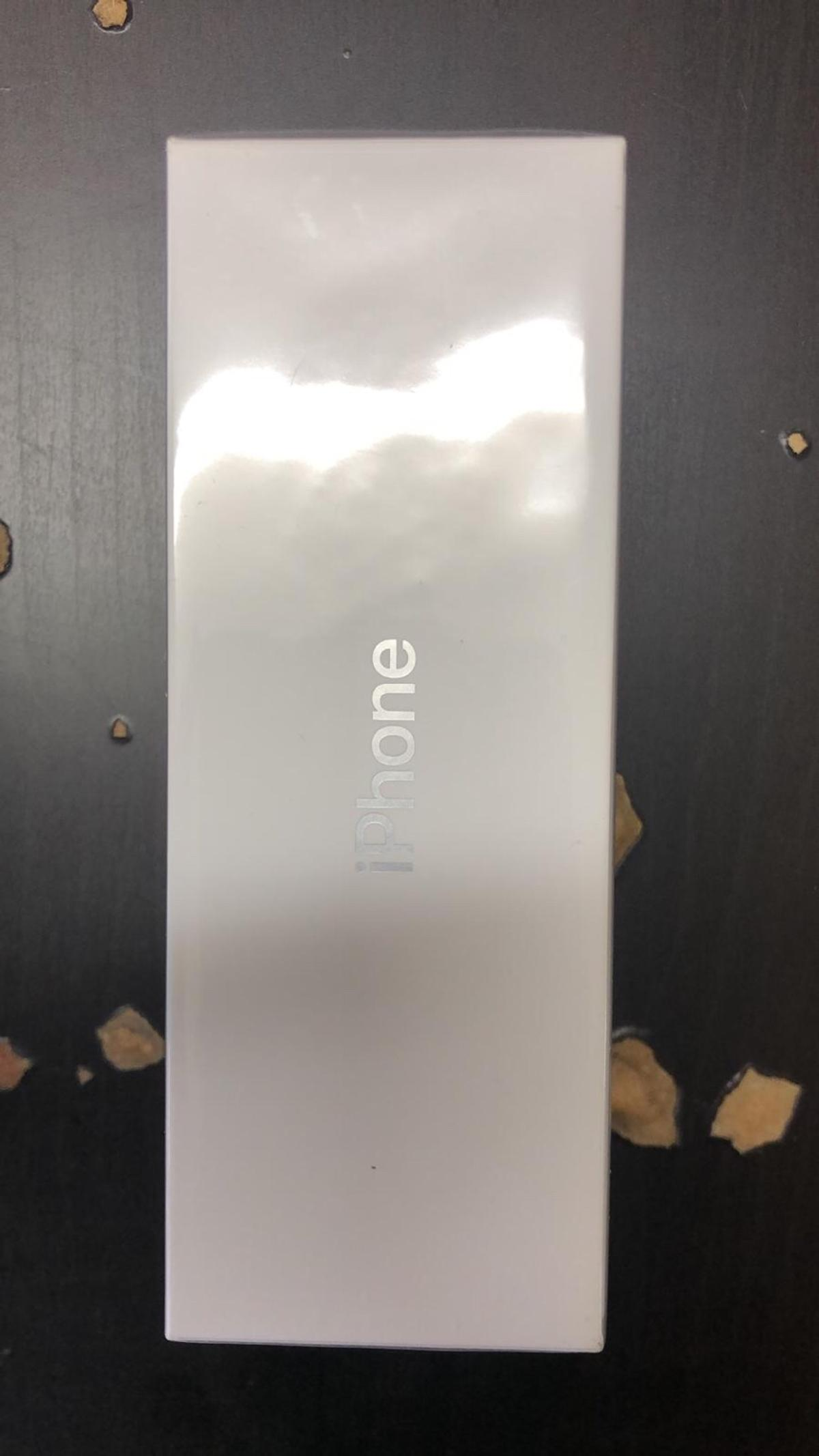 iPhone X brand new sealed unlocked to any network bought it 799 selling