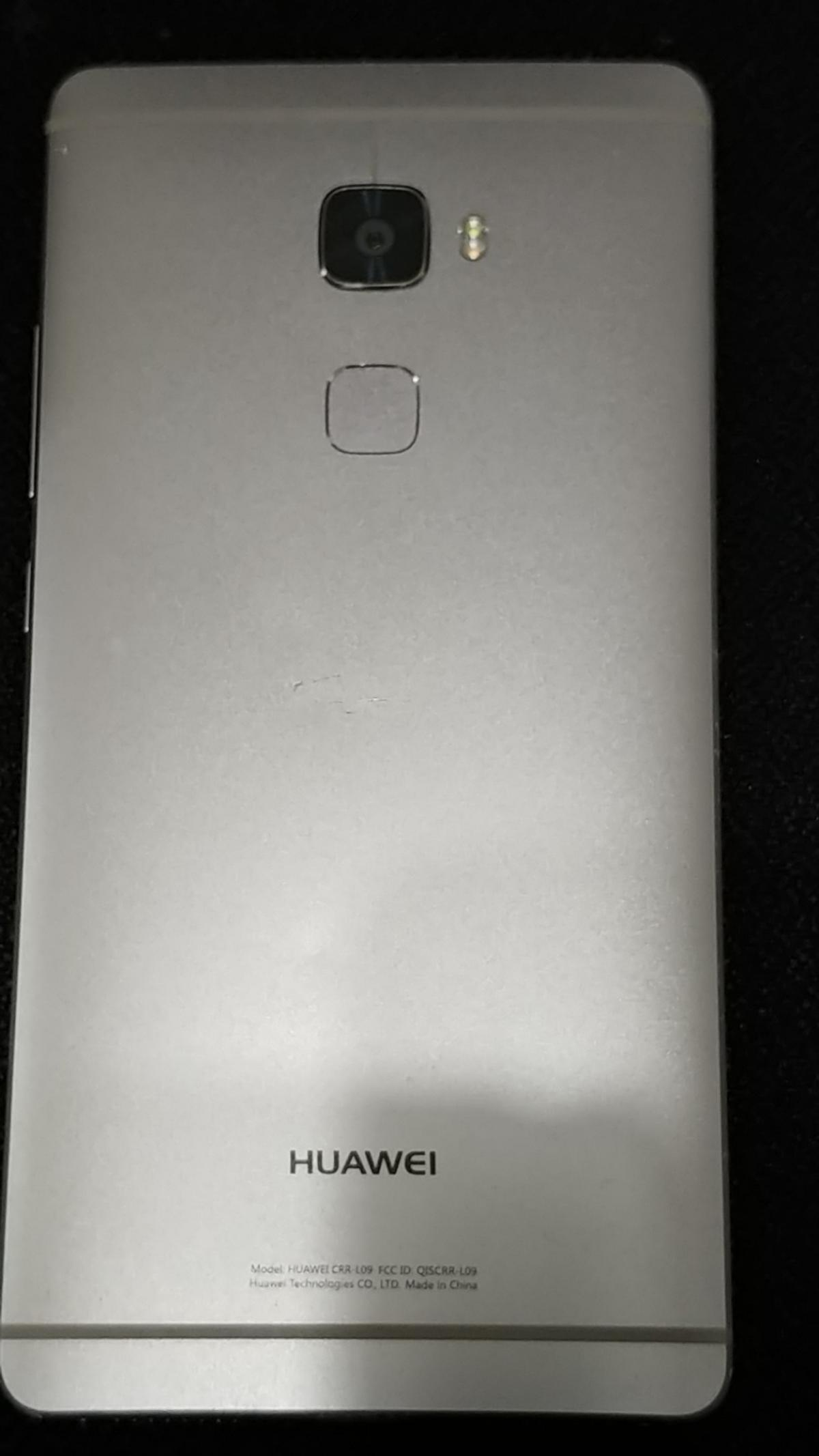Large screen 5.5in mobile phone. Perfect working order boxed. Will also come with charger. Sold as seen open to offers.