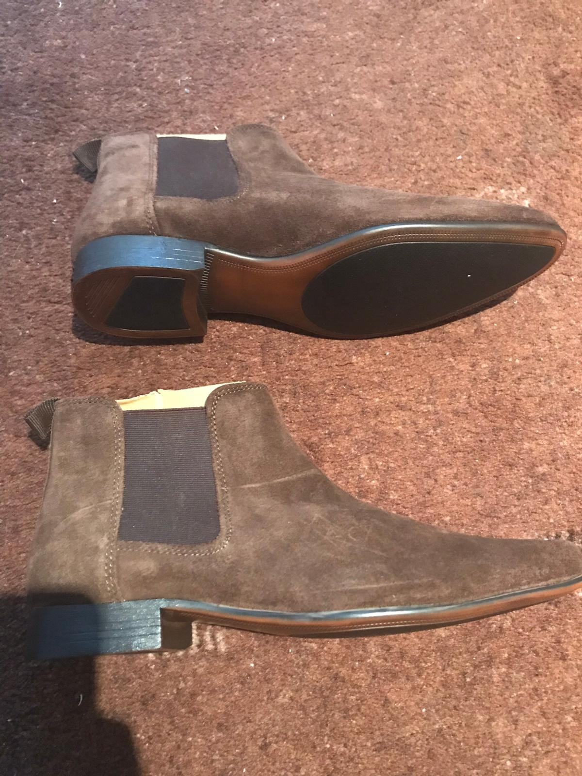 I'm selling new ASOS mans , size 8 shoes , never worn Smoke free home