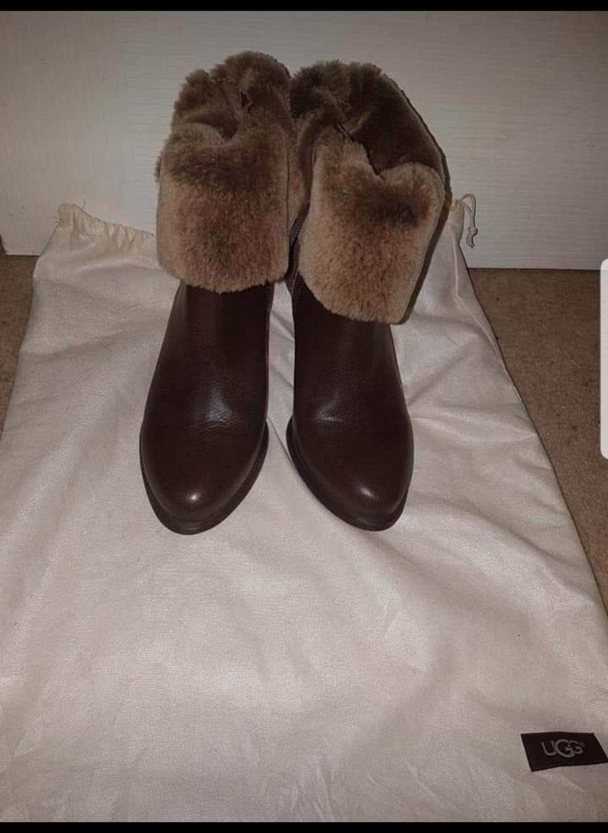 new Ugg Jayne Boots. size 4.5 UK. comes with dust bag.