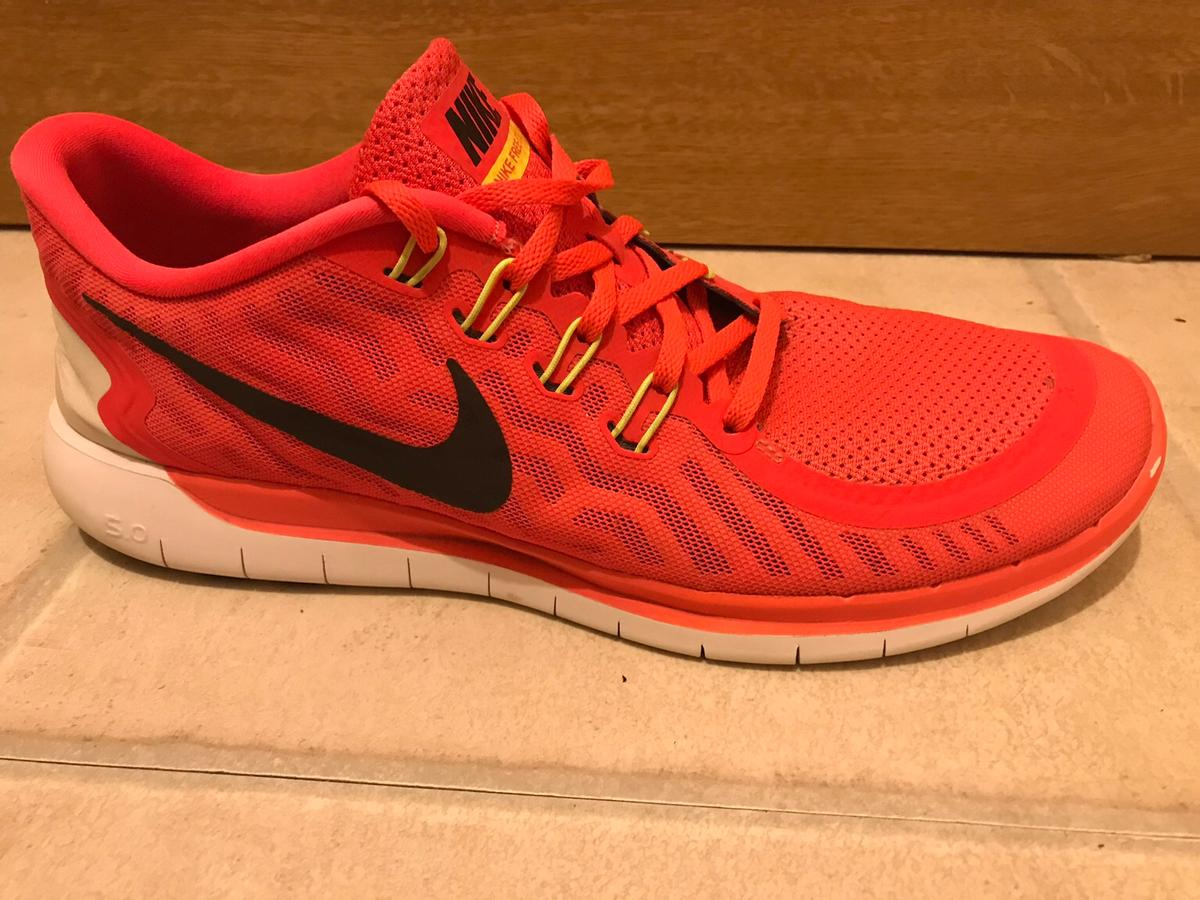 Used trainers In great condition. Great for the gym or running. UK 11. EUR 47. US 12. Colour - crimson orange. Model - 724382-600 original laces. No box. RRP £60
