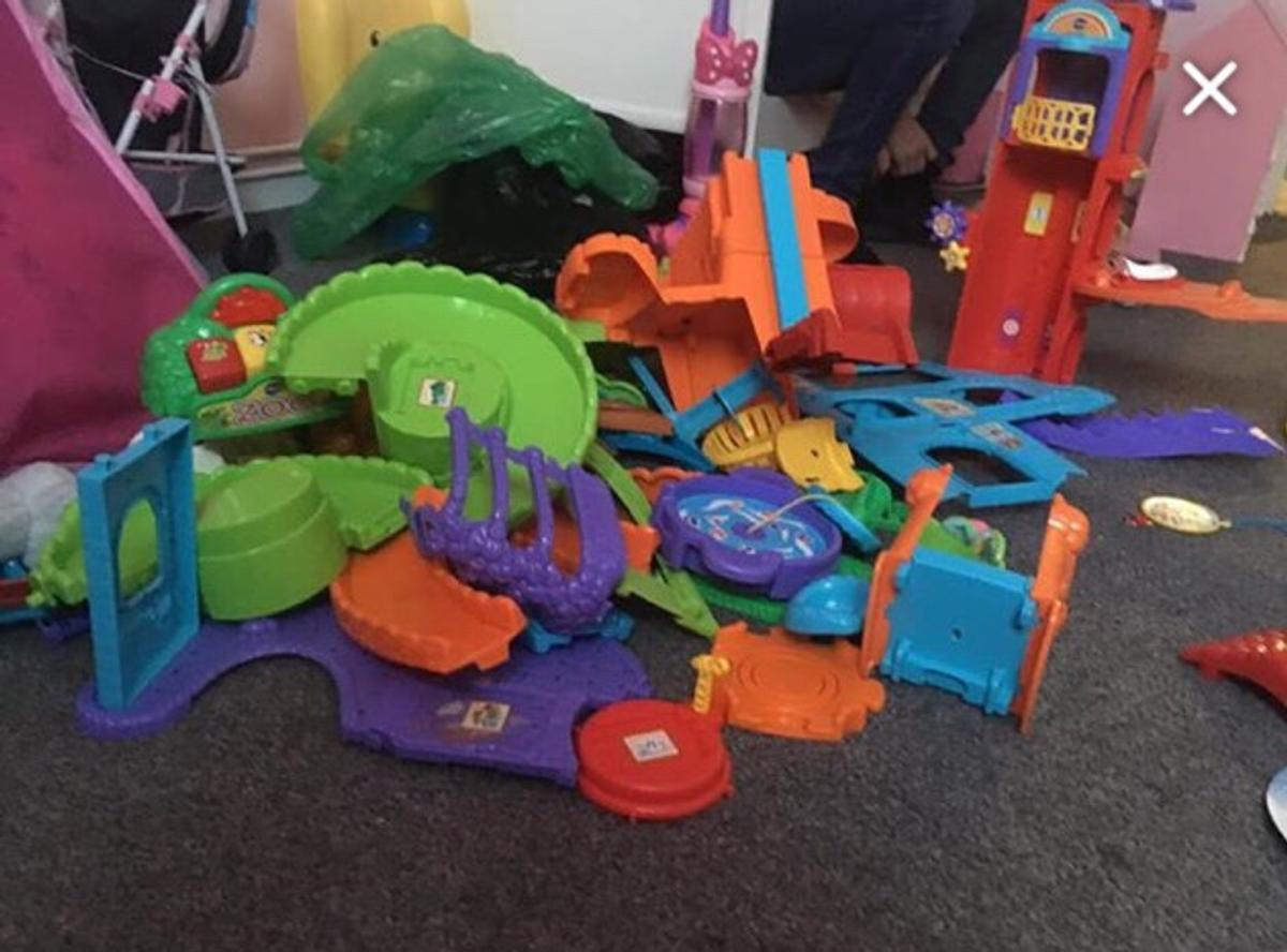 In really good condition not really been used only selling as my daughter has out grown it and I really need the space, there the goldmine, chicken cop, pet hotel, safari zoo, 5 princess, 4 knights, 12 animals and 2 fluffy dogs and a horse and carriage that has lights