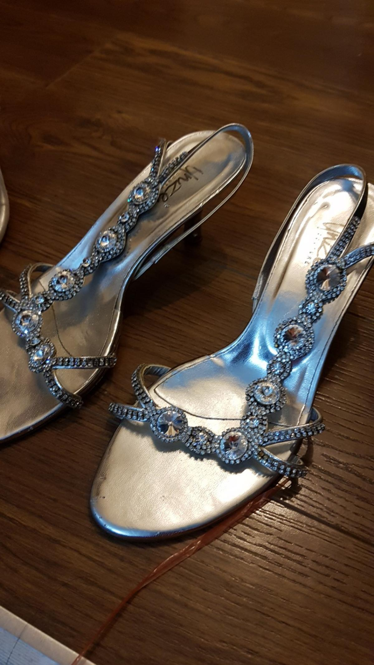 kitten heel 2inches silver size 5 silver stones worm 2x