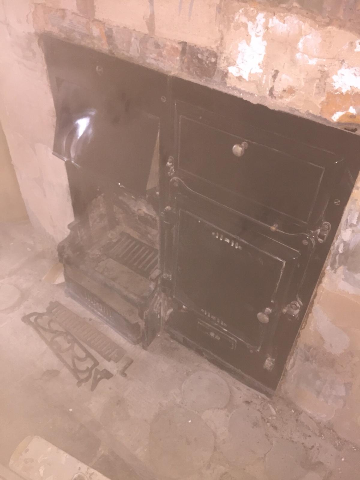 Open Fire /Stove