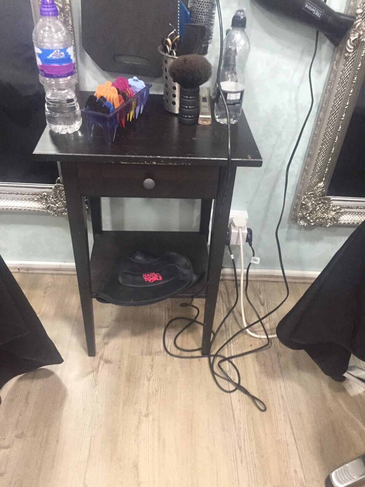 No equipment with it, £10 each, used for hairdressers, pick up only