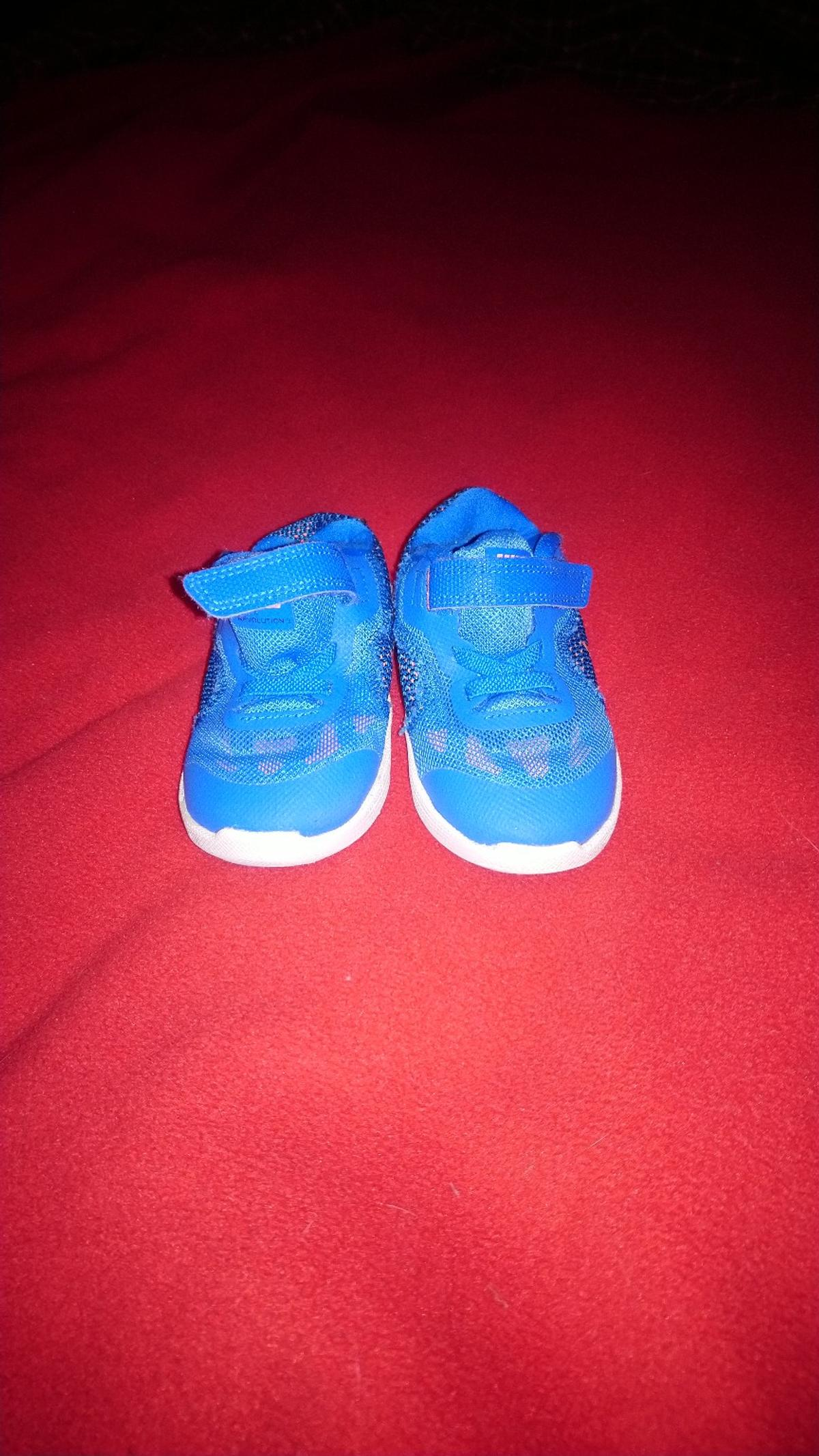 Kinder Nike Schuhe in 04617 Kriebitzsch for €8.00 for sale