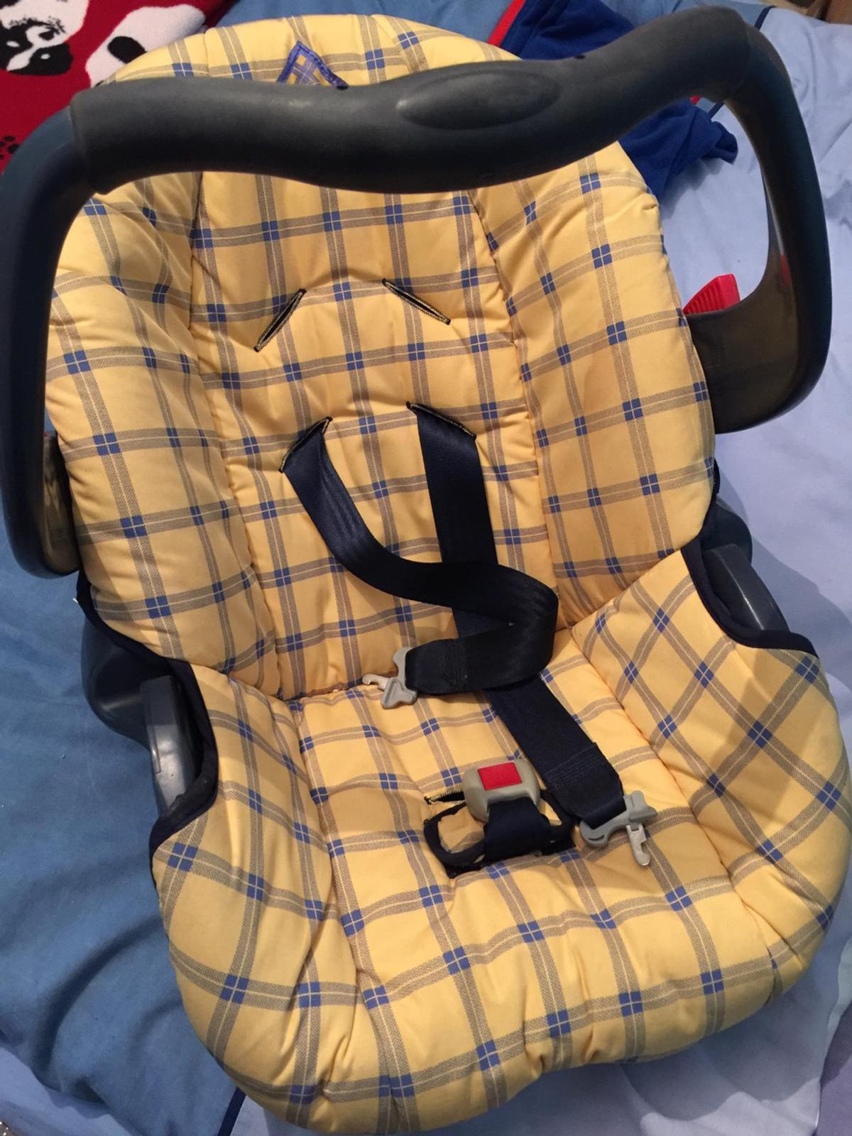 Used baby car seat no longer required in good condition.