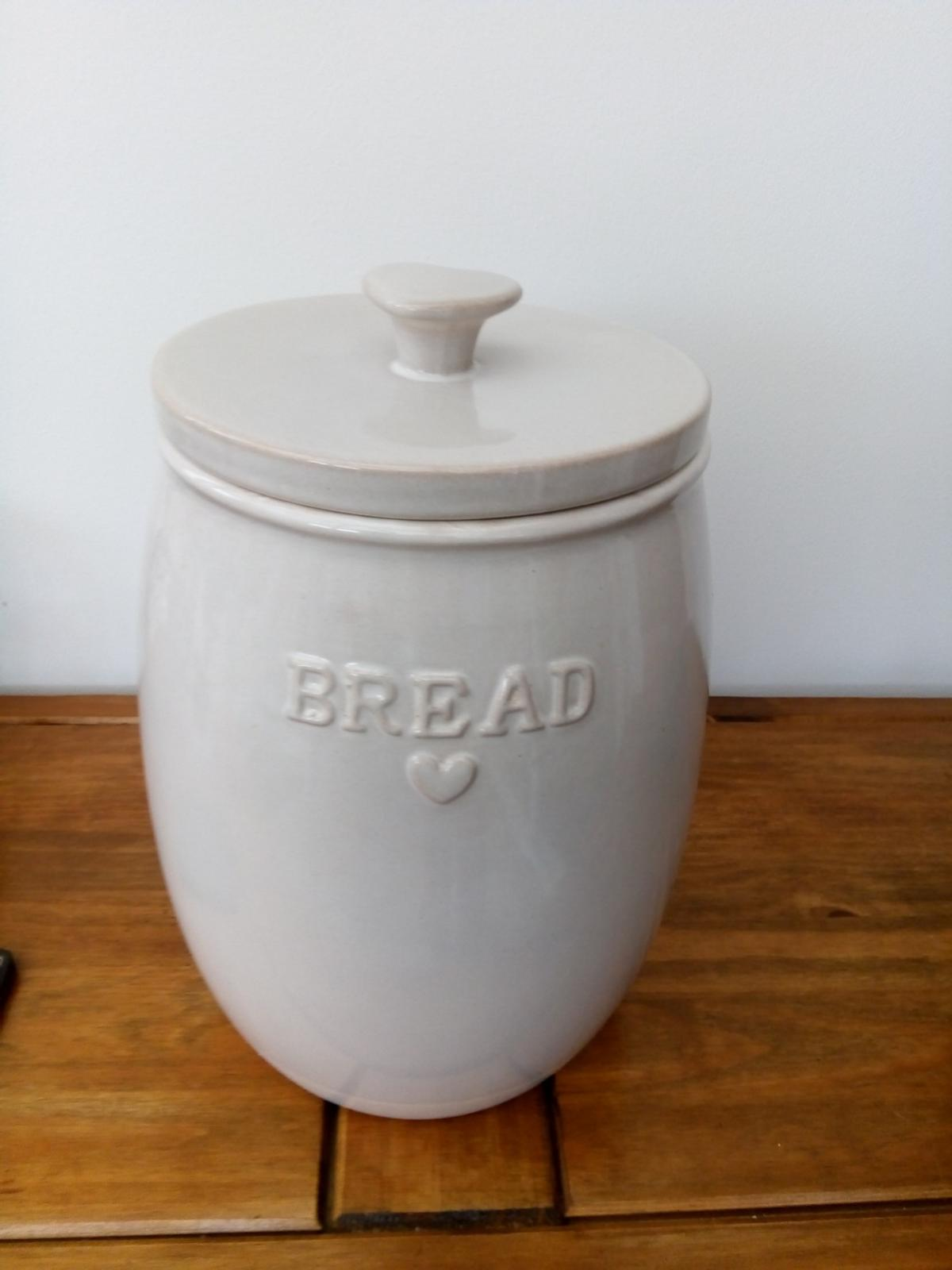 Next Ceramic Bread Bin As New In Ng16
