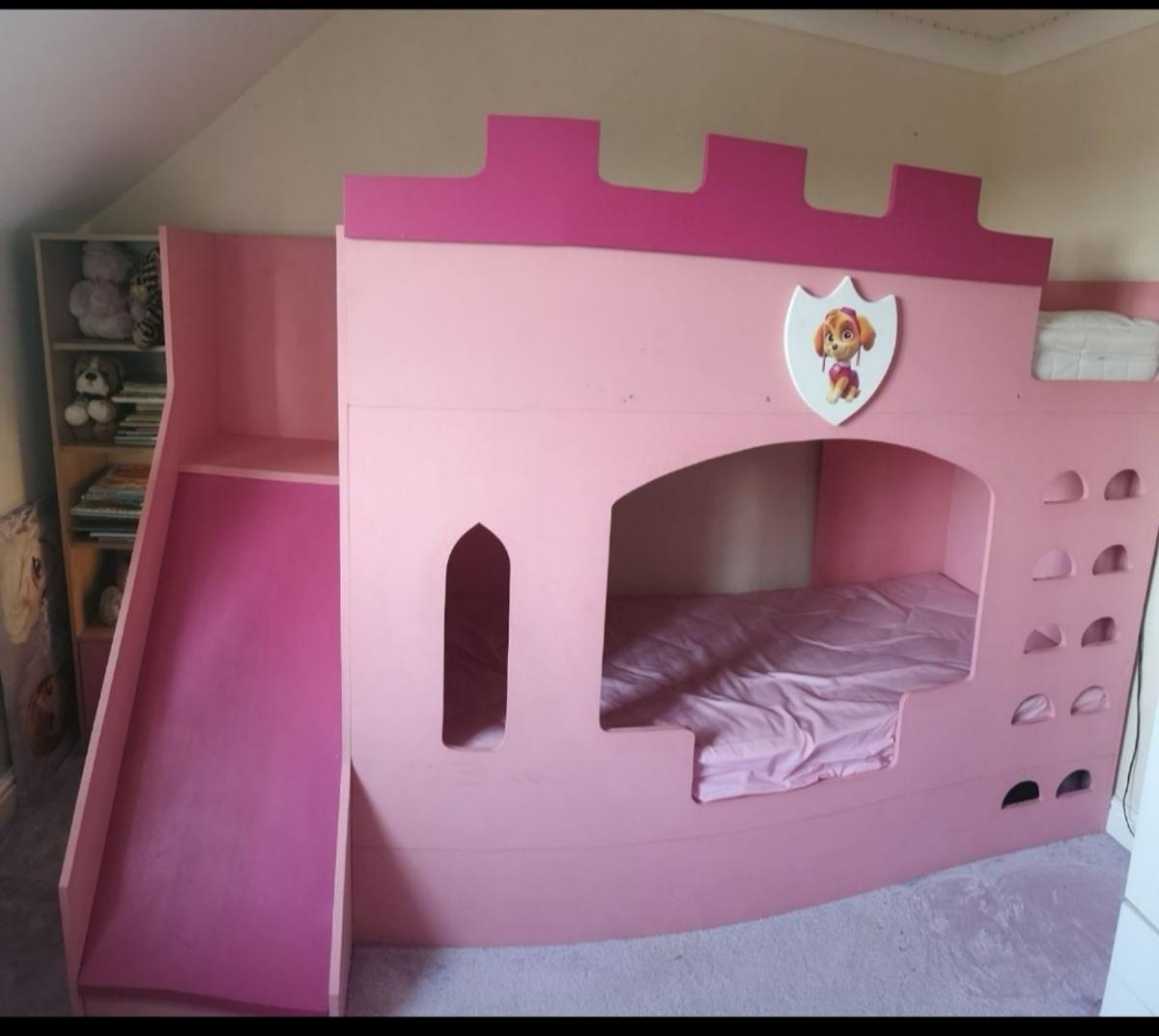 Picture of: Girls Pink Castle Style Bunk Bed With Slide In Peterborough For 220 00 For Sale Shpock