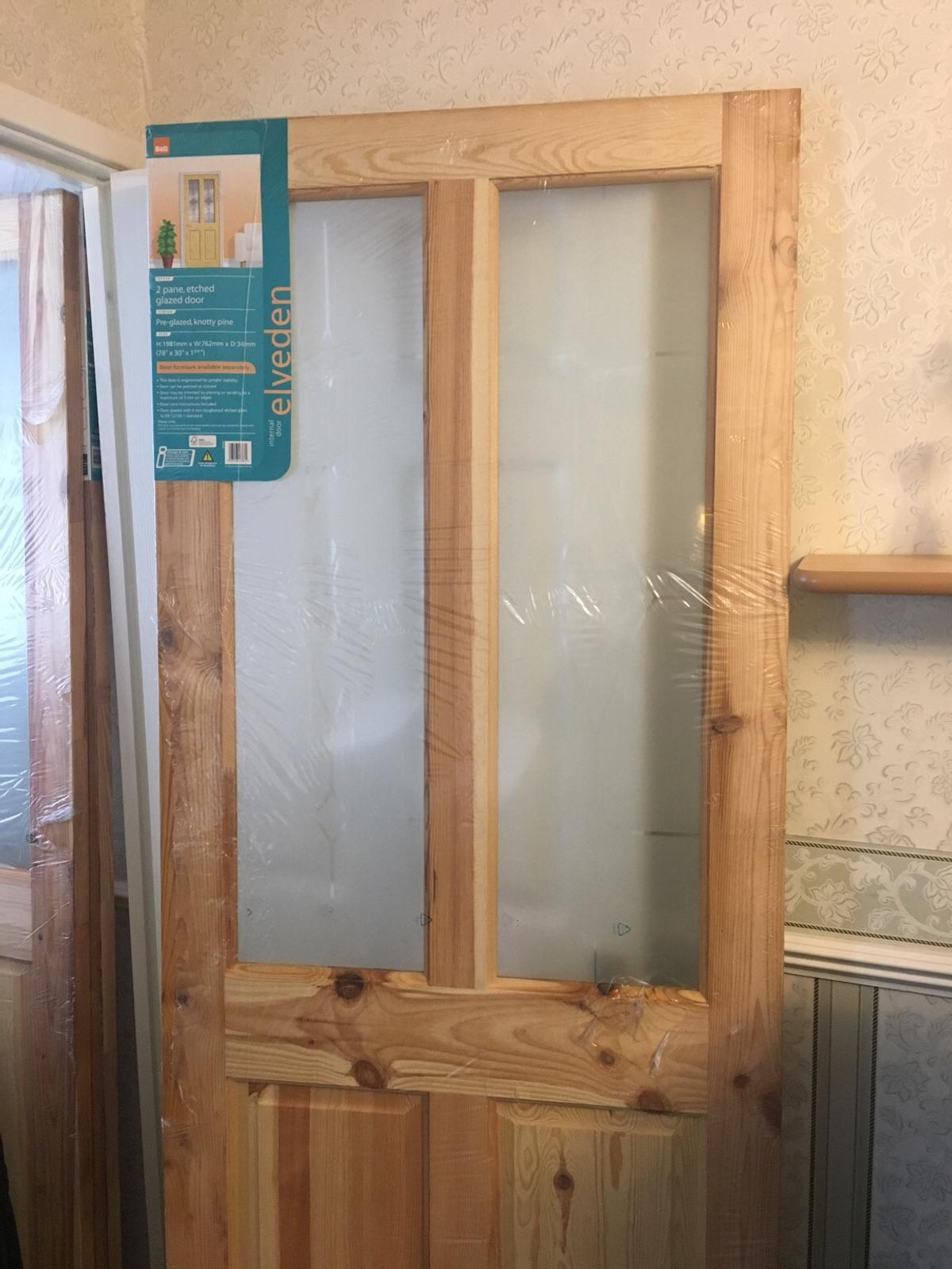 half off 5add6 7b626 Knotty pine door in S13 Sheffield for £45.00 for sale | Shpock
