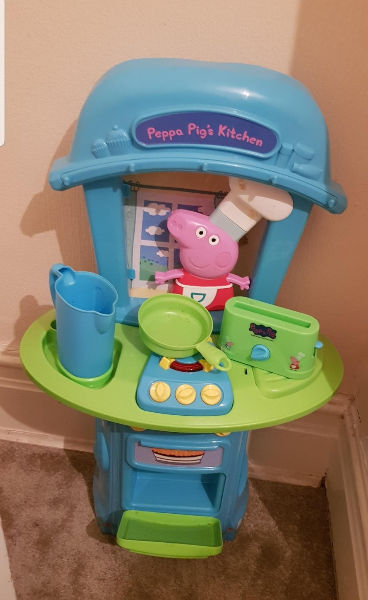 Peppa Pig S Kitchen Play Set In Limefield For 10 00 For Sale Shpock