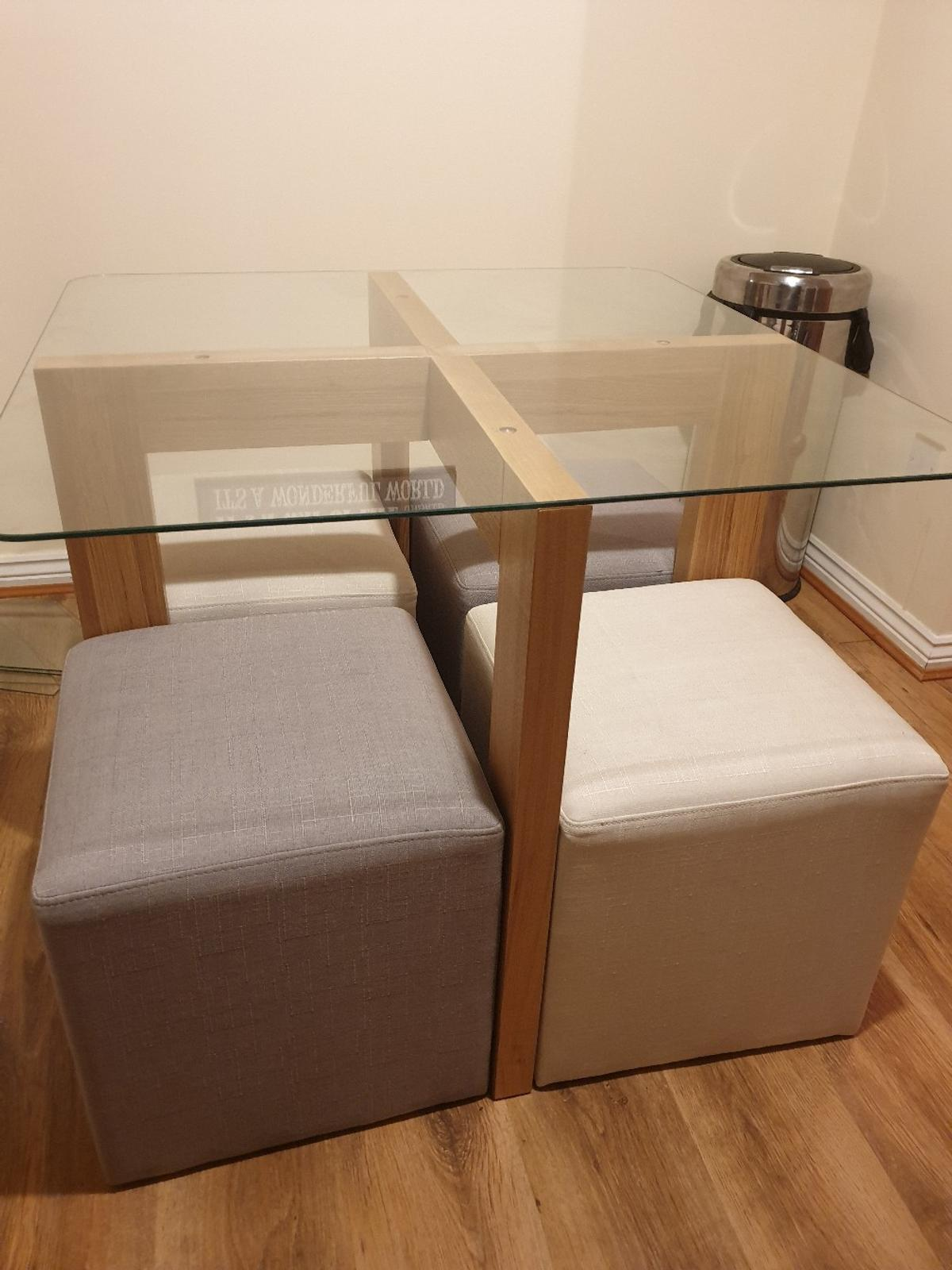 Square Glass Dining Table With 4 Stools In Dy4 Sandwell For 100 00 For Sale Shpock