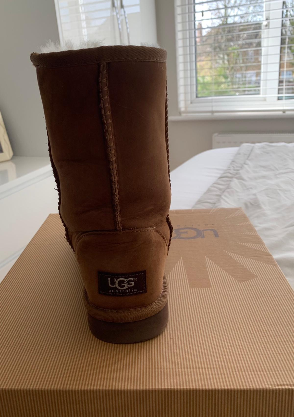 aac423006ae Ugg boots (size 5.5)