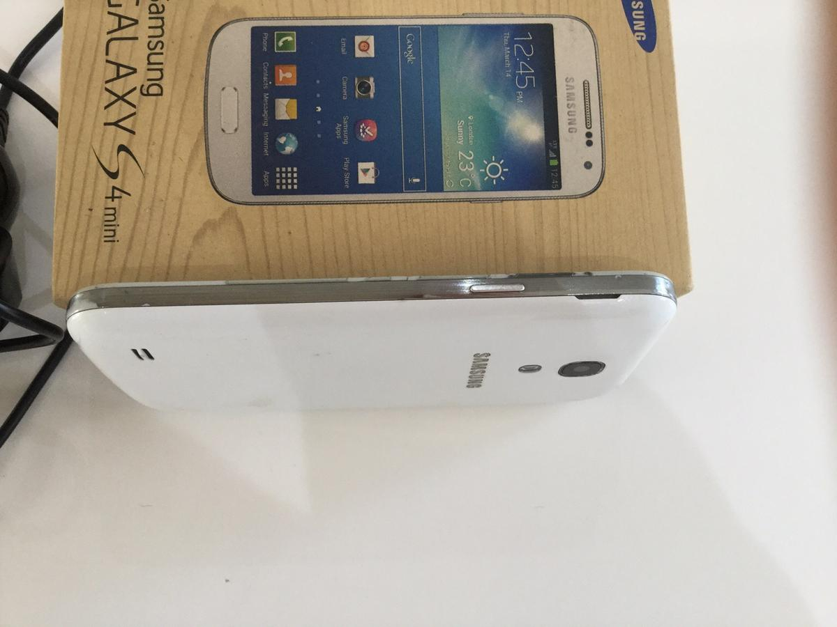 Samsung galaxy S4 mini in DE12 Leicestershire for £20 00 for