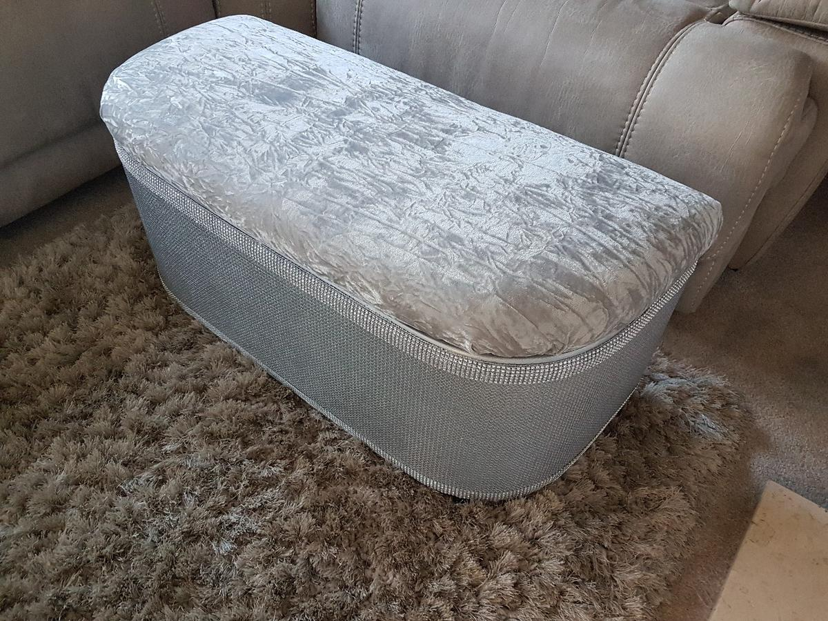 Stupendous Silver Bling Ottoman Bralicious Painted Fabric Chair Ideas Braliciousco
