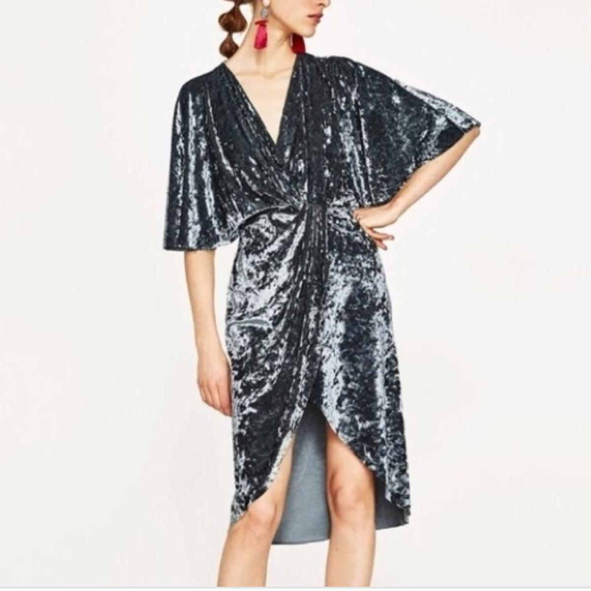 041434bb Zara Crossover Wrap Velvet Midi Dress in E15 London for £20.00 for ...