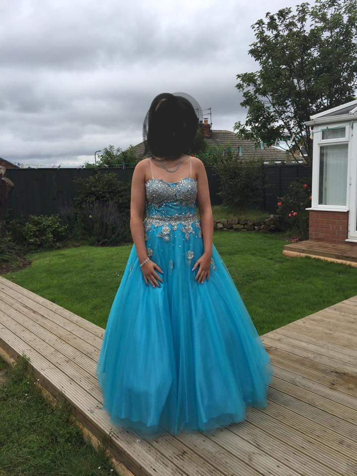 size 12 corset back prom dress only worn a few hours