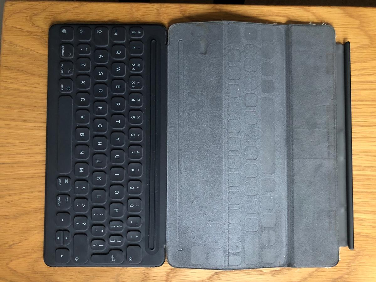 iPad Pro 10 5 Keyboard Cover in SS0-Sea for £40 00 for sale