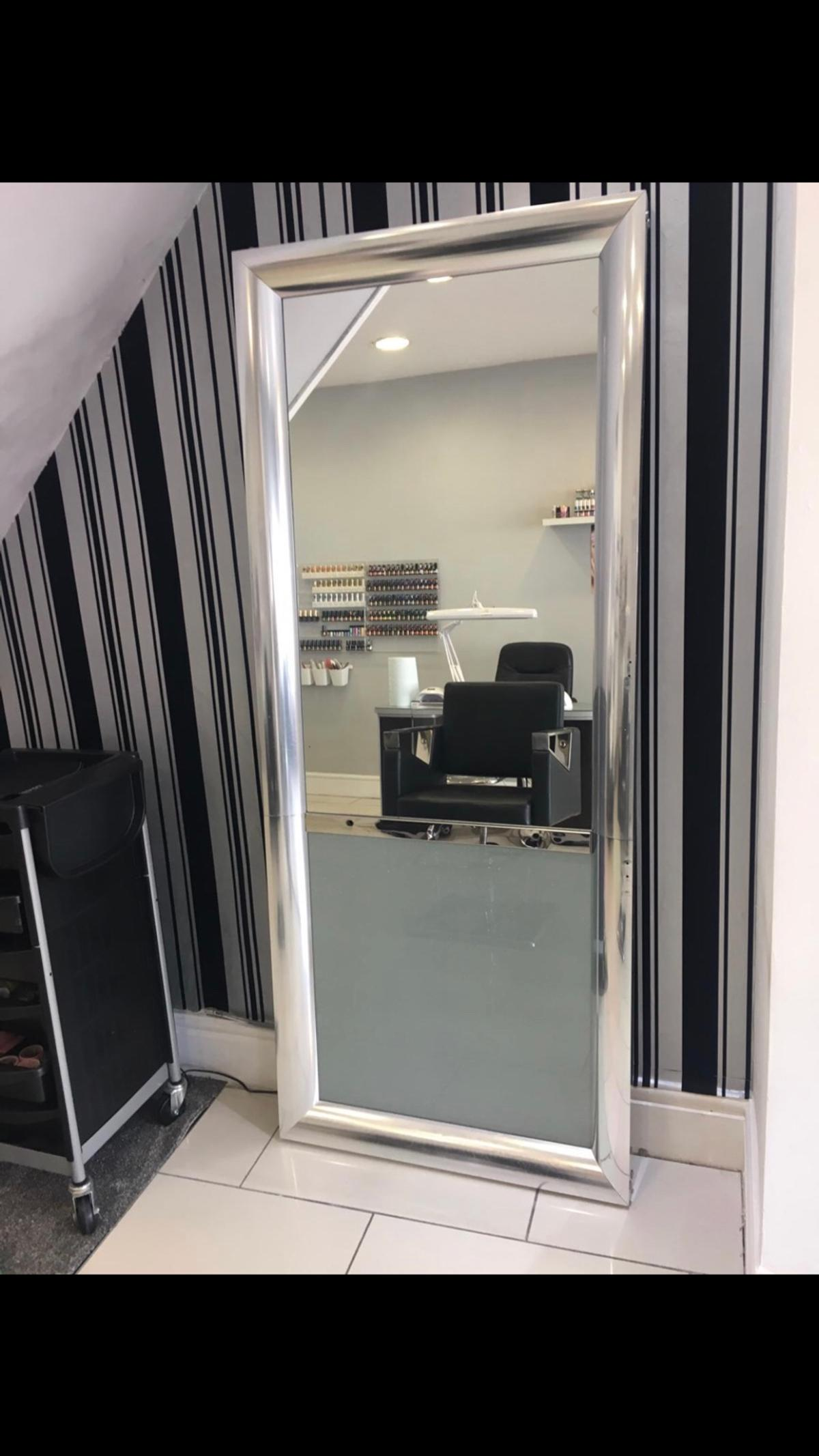 Hairdressing Mirror In Bl3 Bolton For 100 00 For Sale Shpock