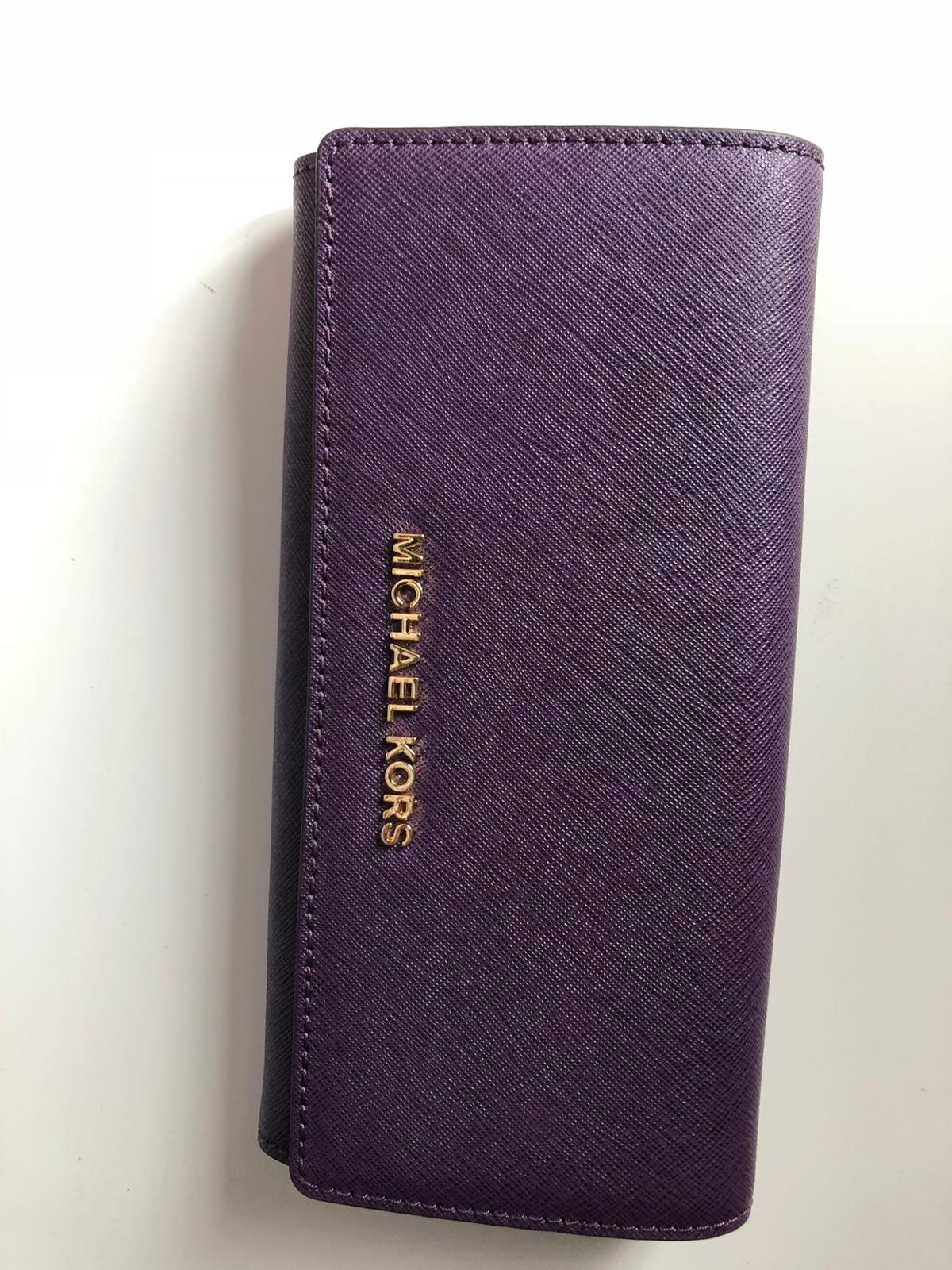 b3f76a9049189d Michael Kors purse in RM17 Grays for £35.00 for sale - Shpock