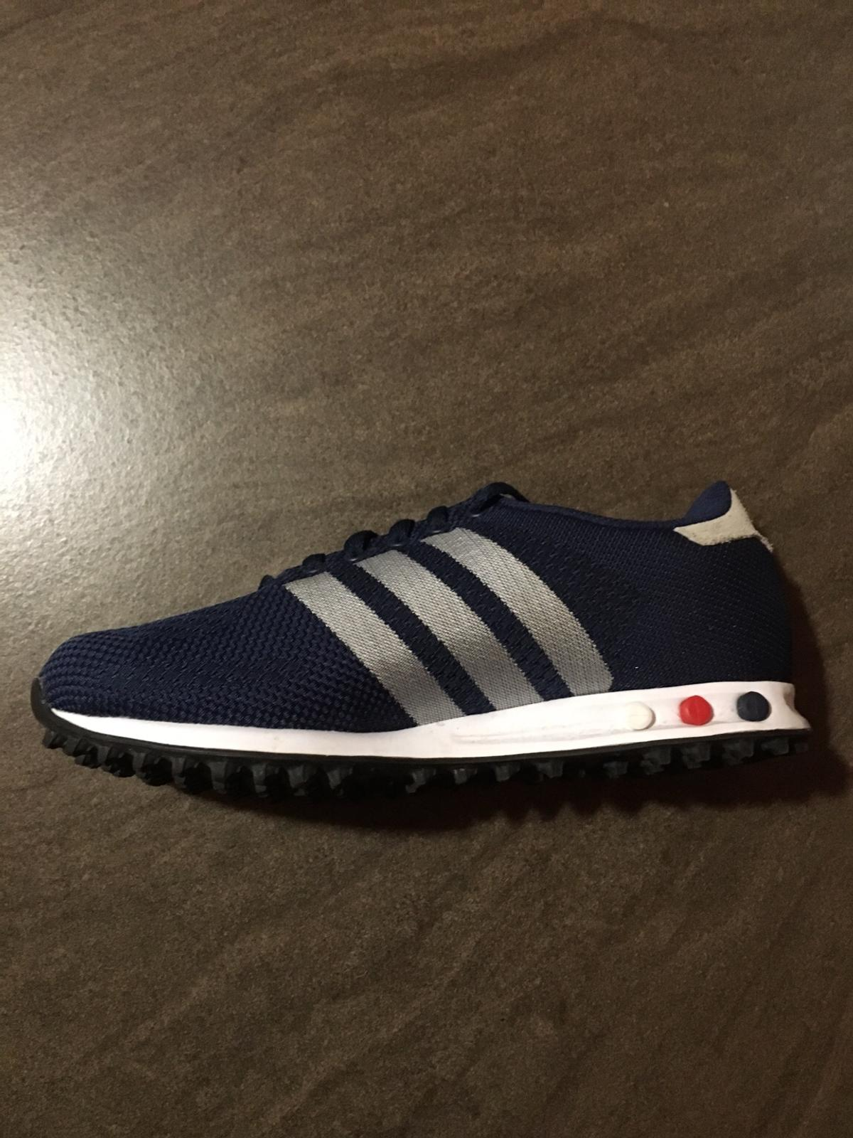 Scarpe Adidas Trainer blu in 00118 Roma for €40.00 for sale