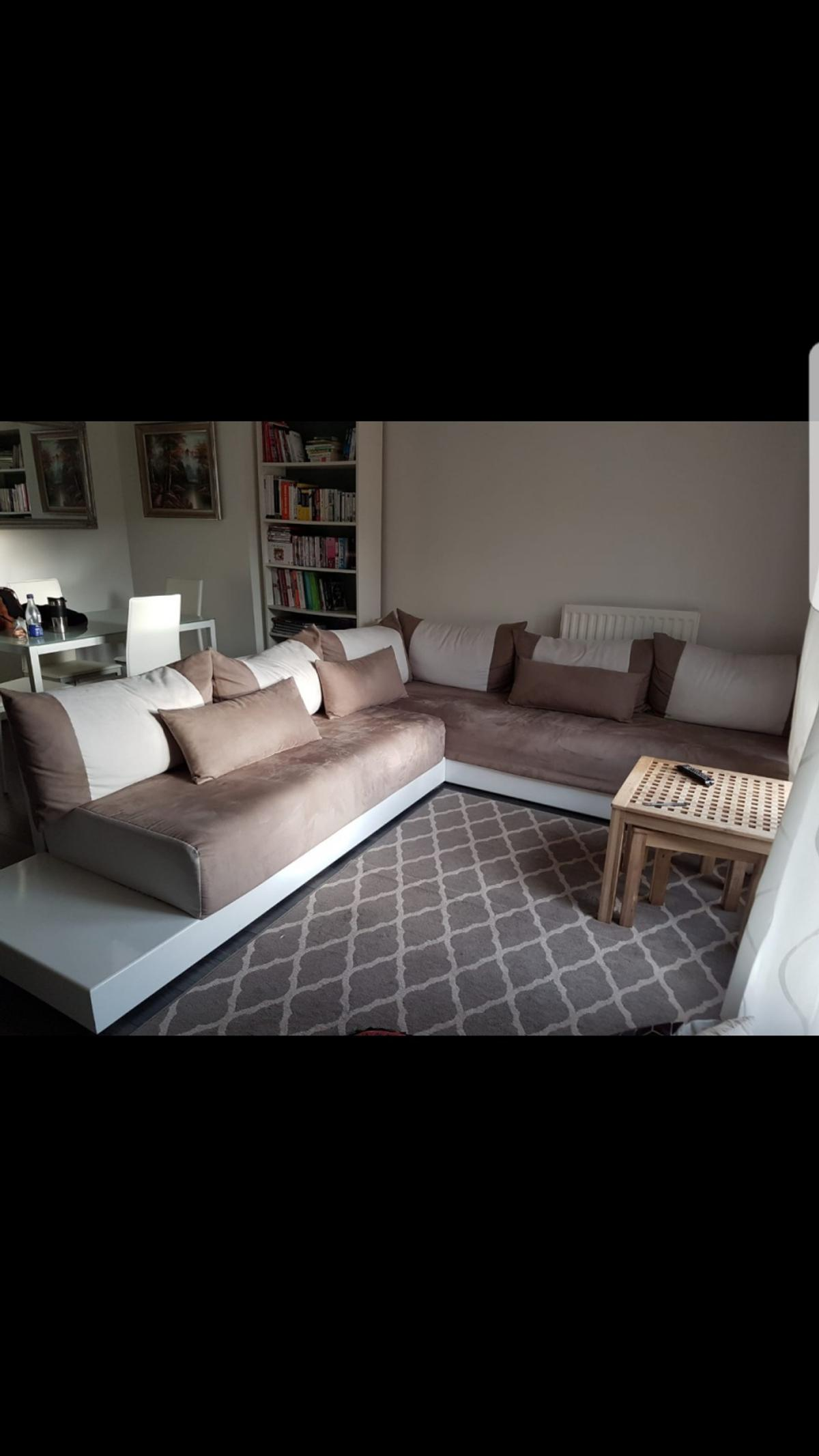 Modern Moroccan Living Room Sofa In Sw4 London For 700 00 For Sale Shpock
